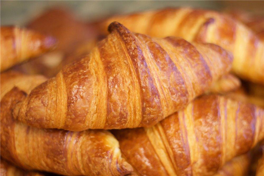 croissant italian bakery s mercato